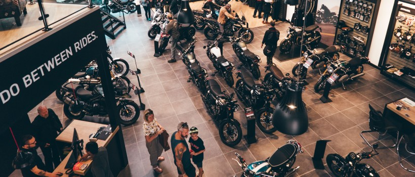 TRIUMPH NORTH LONDON GRAND OPENING
